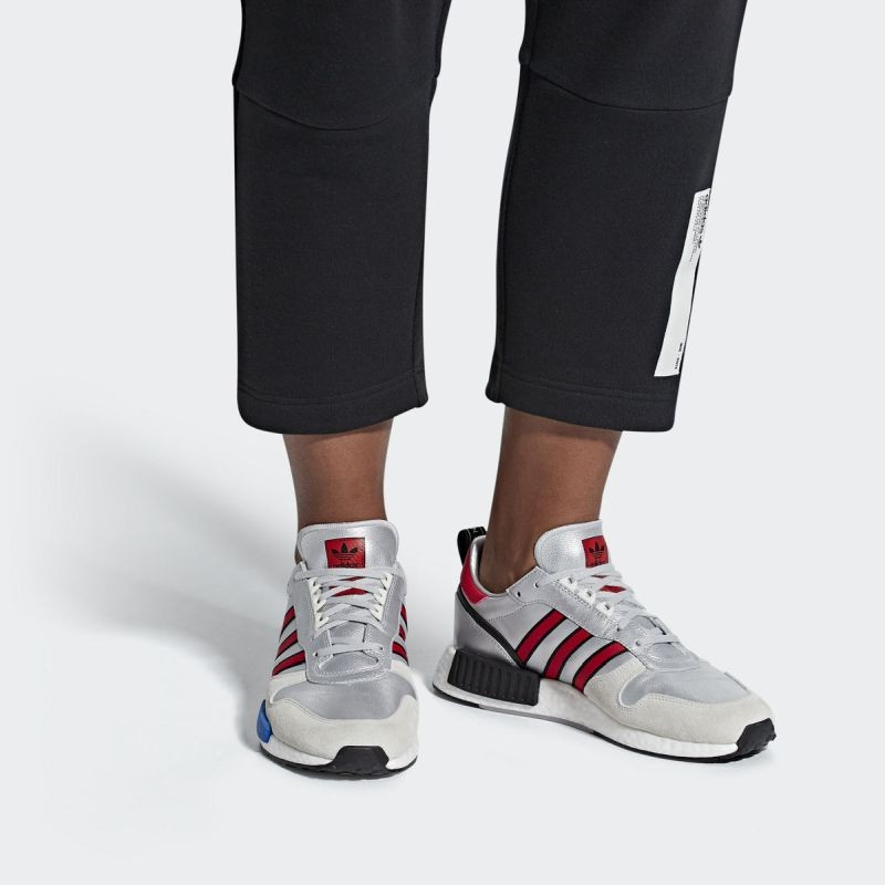 huge discount ce430 be11b Casual Shoes - adidas Originals Rising Star x R1